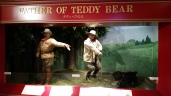 This is the history of the Teddy Bear! At the teddy bear museum at Huis Ten Bosch